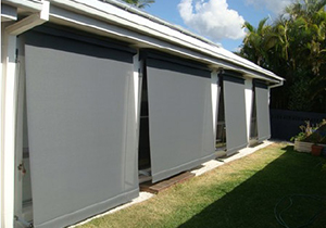 Automatic Roll Up Awnings